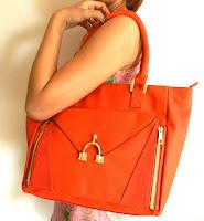 Τσάντα Sophisticated Handbag Κωδικός: 28101 Δίνει Bonus Points: 17