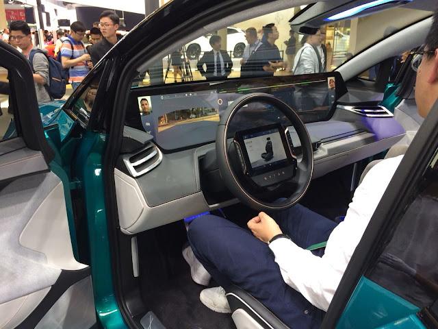 Byton Concept: autônomo com painel de 49 polegadas