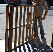 Crissy' Crafts Pallet Dandelions Wall Decor