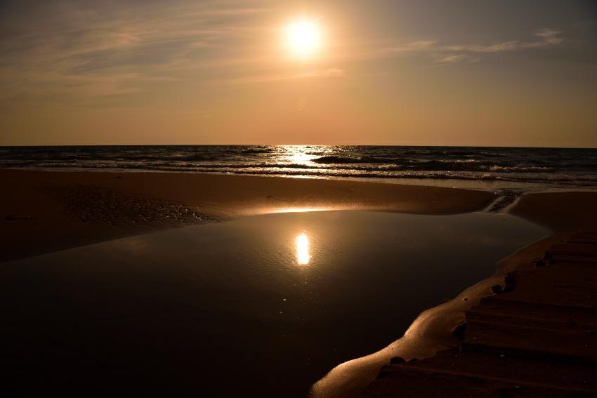 白尾海岸の夕日の写真