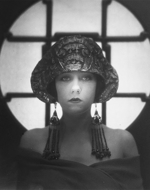 Gloria Swanson by Karl Struss 1922