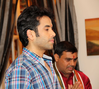 Tusshar celebrates Ganesh Chaturthi at his residence