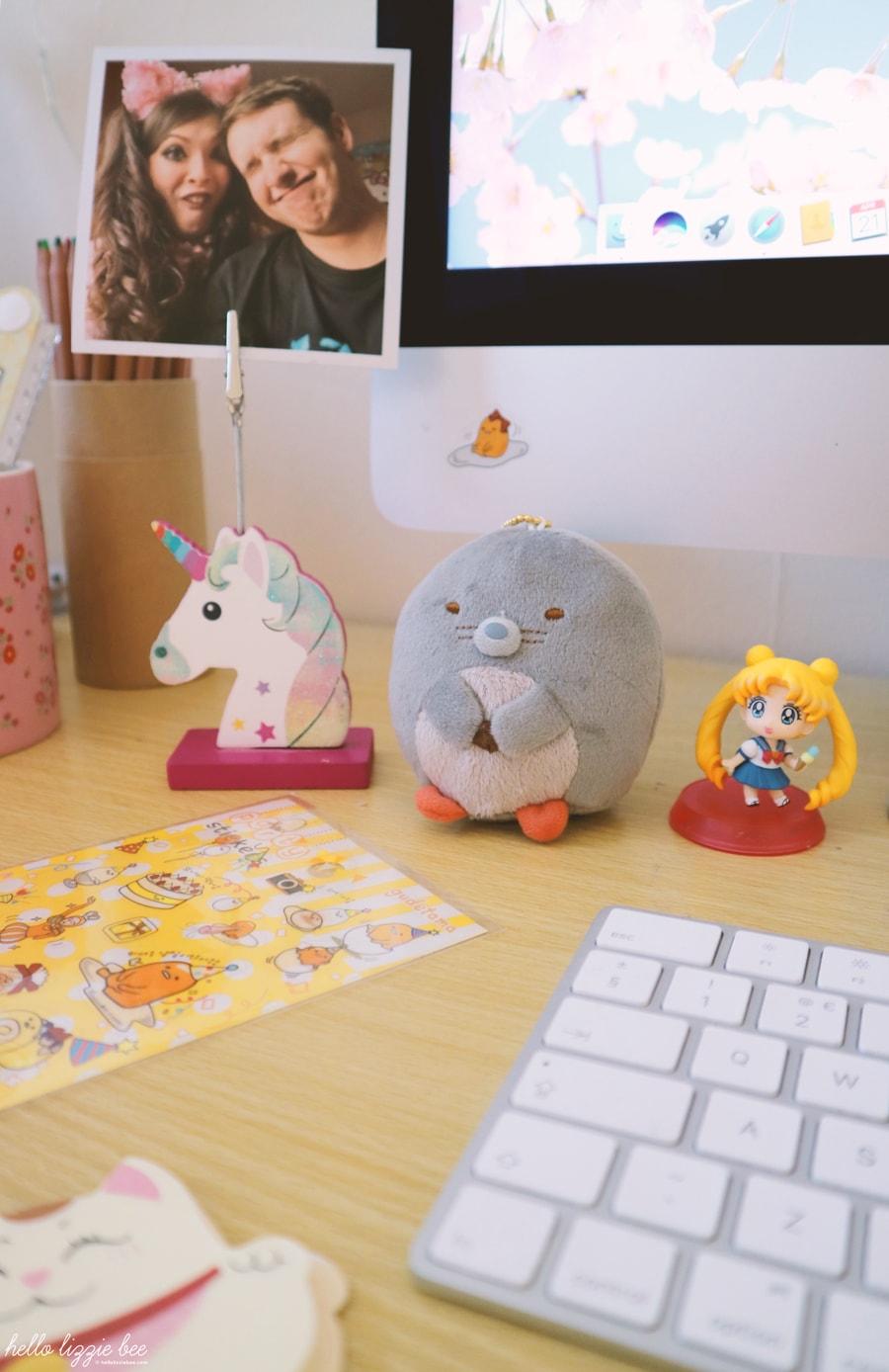 cute desk figurines