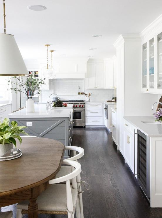 Decorated Mantel: 12 Inspiring Kitchens on What I Love ...
