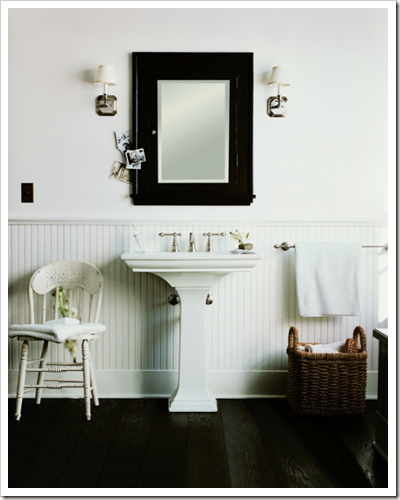 To Da Loos: Putting Pedestal Sinks On A Pedestal