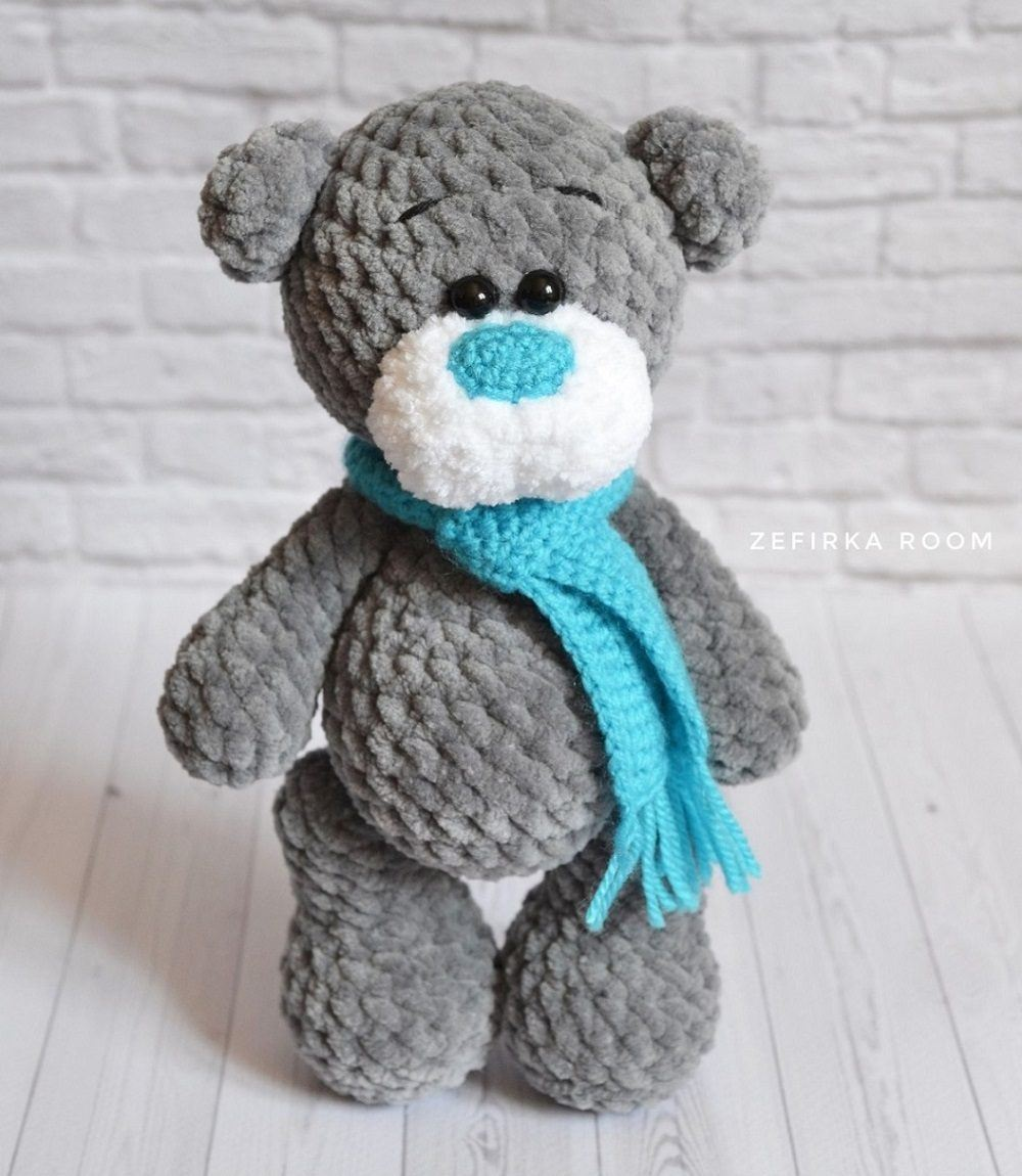 Plush bear crochet toy amigurumi