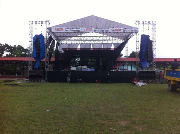 Produksi Panggung Konser Rigging Surabaya