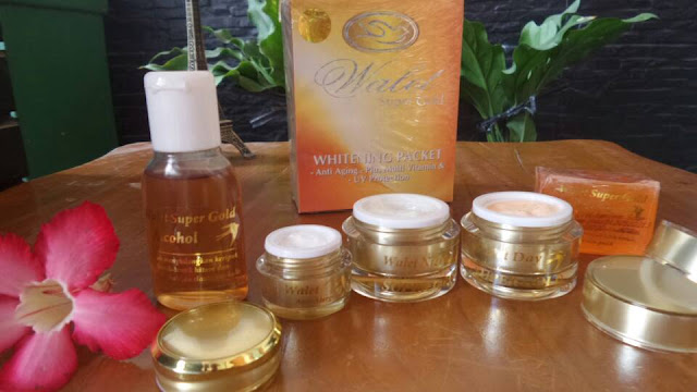 Walet SUPER GOLD WHITENING PACKET Pot GOLD