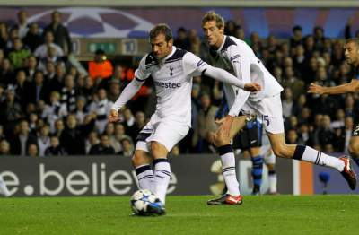 Do we need a young Van der Vaart or an Eriksen?