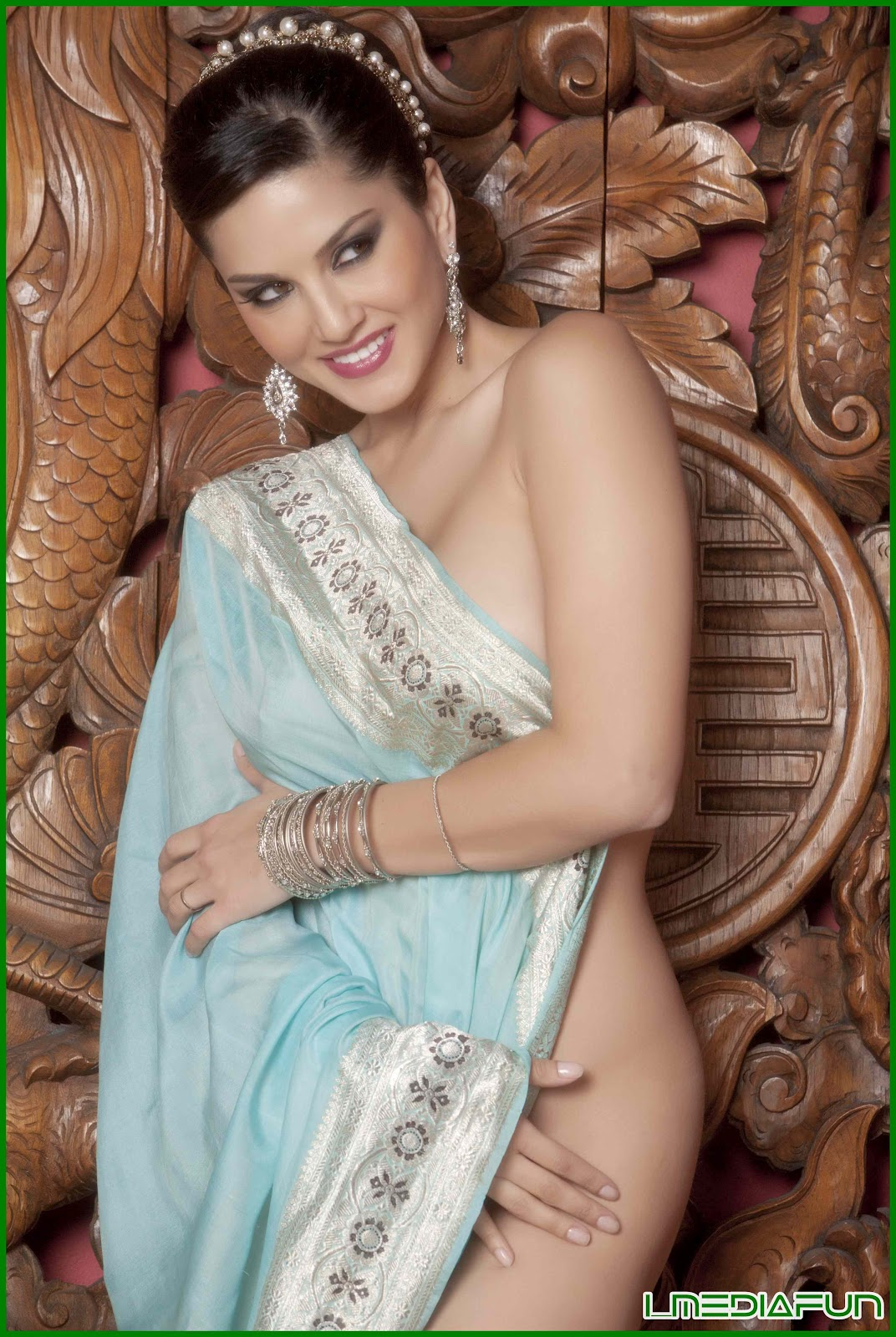 Nude Porn Gallery Hot Sunny Leone In Saree-6584