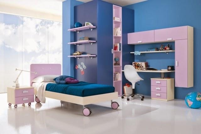 dormitorio en celeste y blanco