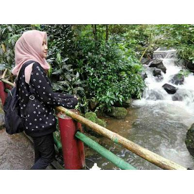 Aliran Sungai Curug Cilember