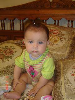 ¿Cuándo empezar la alimentación complementaria del bebé? Consejos de Asociaciones de pediatría.