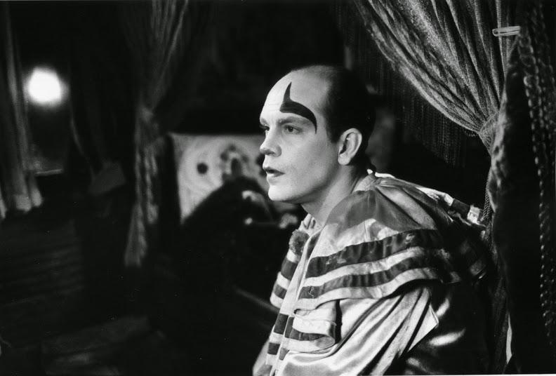 EL GABINETE DE CINEMAGNIFICUS: HANNAH Y SUS HERMANAS de