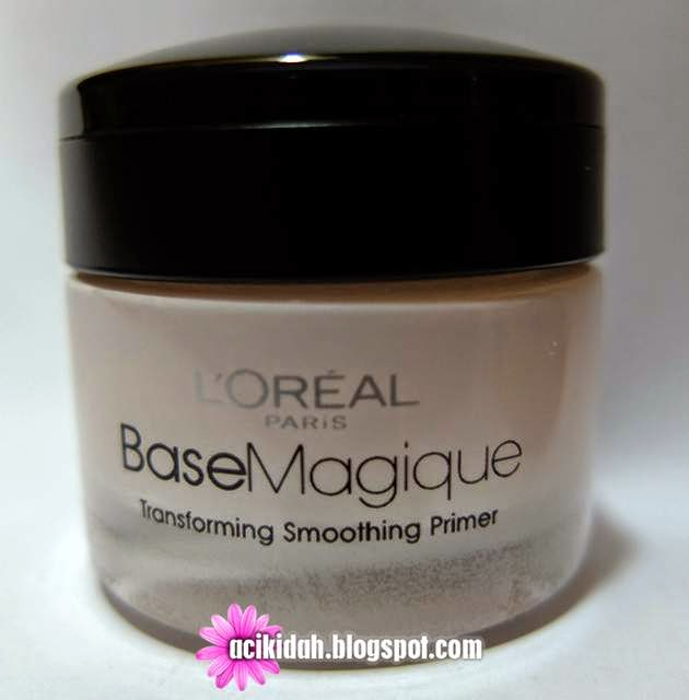 L'oreal Paris Base Magique Transforming Smoothing Primer.