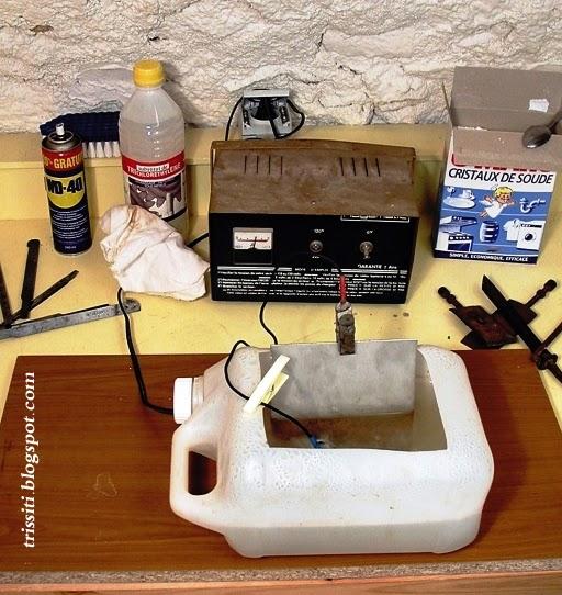 Electronique et electricite l 39 electrolyse pour derouiller le - Difference entre cristaux de soude et bicarbonate de soude ...