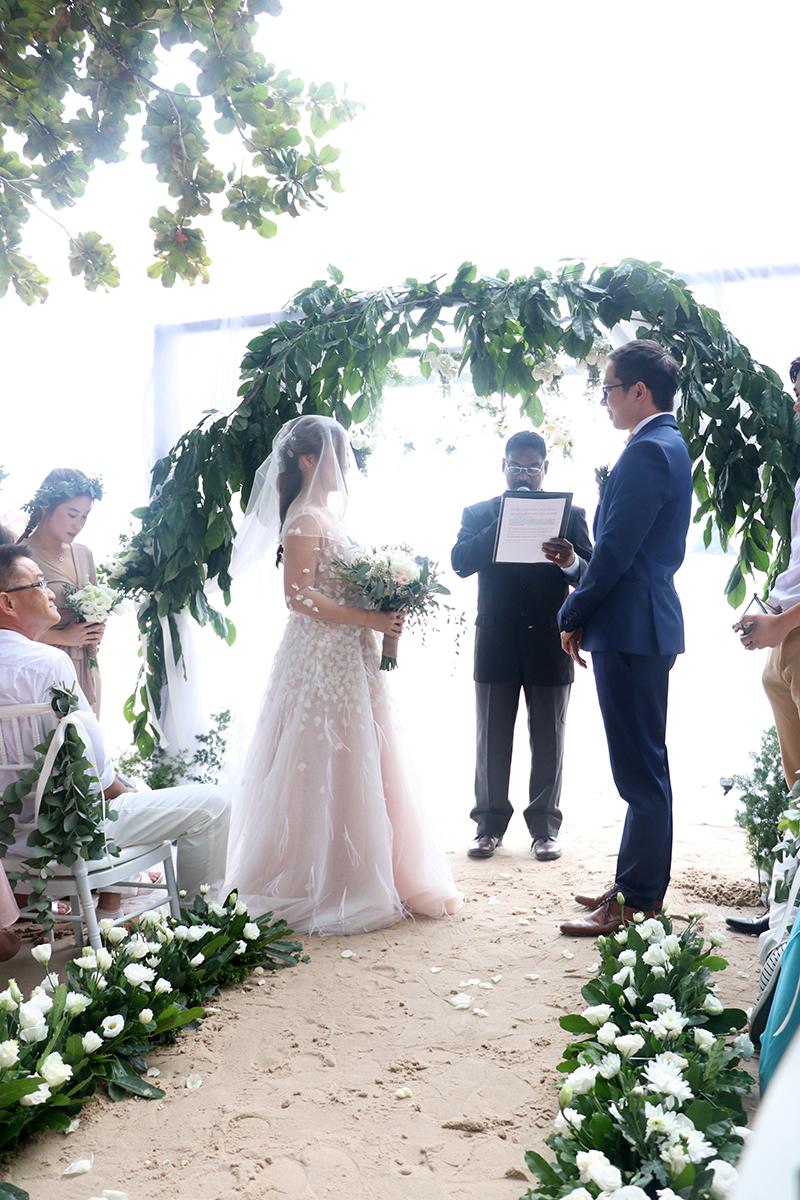 Beach Wedding of Veen Dee & Haan - R Nadia Sabrina
