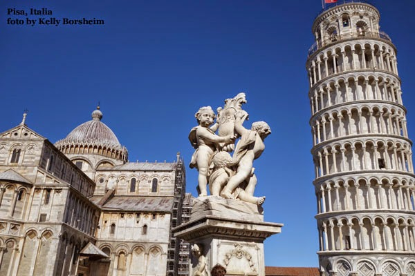 Pisa Italy Leaning Tower Illusion - leaning left Piazza dei Miracoli