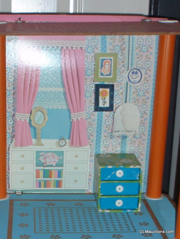 Internet Superstores 1975 Barbie 3 Tier Townhouse With