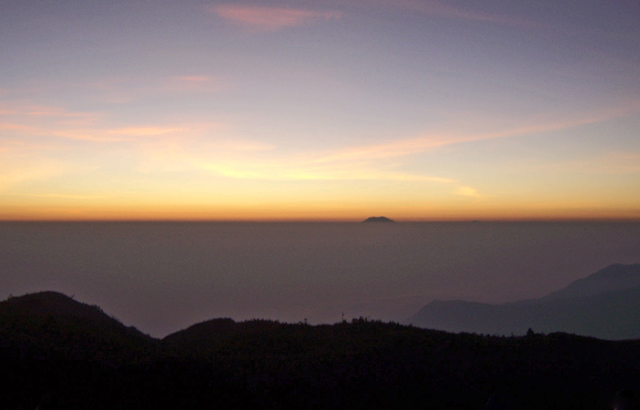 Pesona dari Gunung Prau