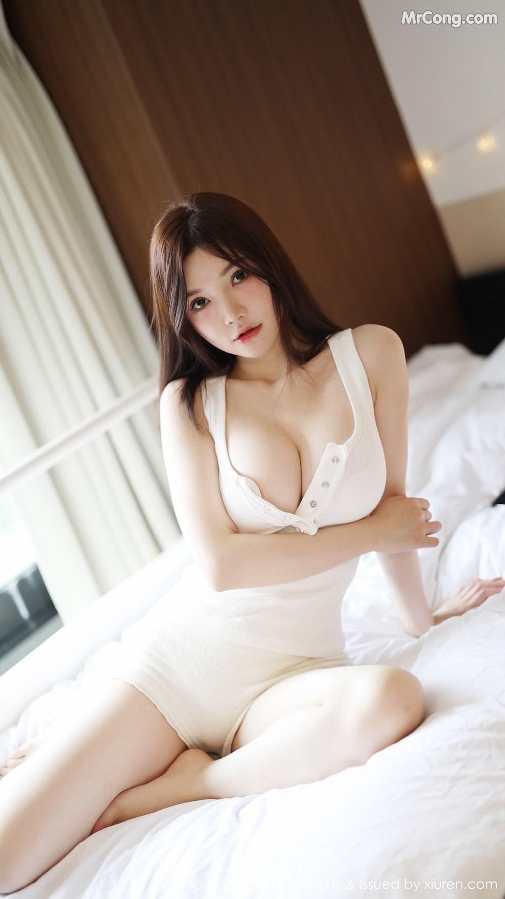 MyGirl Vol.422: 糯美子Mini (49P)