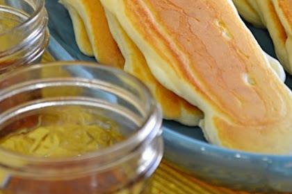 Buffet Pancake Dippers #christmas #breakfast