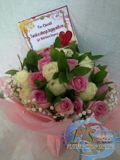 bunga tangan mawar holland elegan
