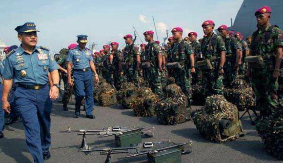 Apel Gelar Kekuatan Latgab TNI 2013