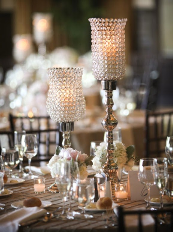 Pretty Candle Centerpieces for Weddings