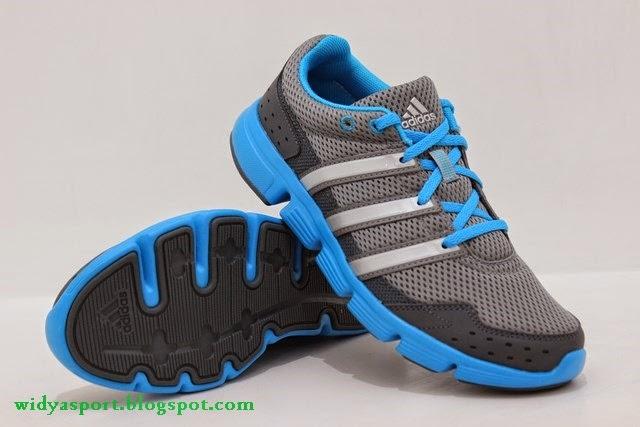 Kode sepatu  D67056 Stok size  39 c76520d889