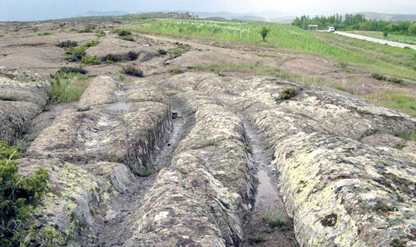 Misteri jejak mobil raksasa jutaan tahun lalu
