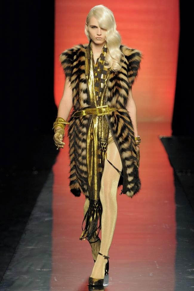 Andrej Peji new crossdressing look