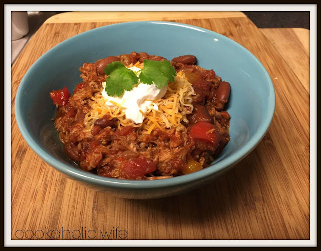 Featured Recipe | Slow Cooker Pulled Pork Chili from Cookaholic Wife #recipe #crockpot #pulledpork #chili #SecretRecipeClub