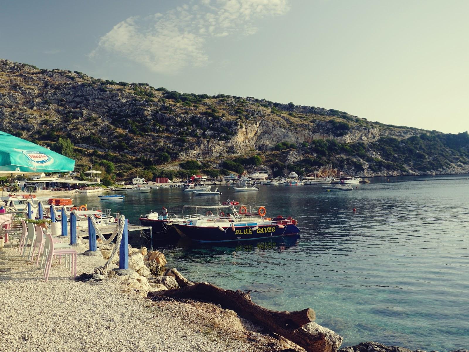 Port Agios Nikolaos, port, statki, jachty, Grecja, wybrzeże, zakynthos, zakinthos, wyspy jońskie, wakacje w Grecji, lato w Grecji, blog o podróżach, panidorcia
