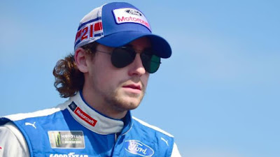 Blaney Survives Martinsville Mayhem with Eighth-Place Finish #NASCAR