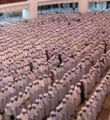 Keutamaan Shalat Sunat Tarawih Dibulan Suci Ramadhan
