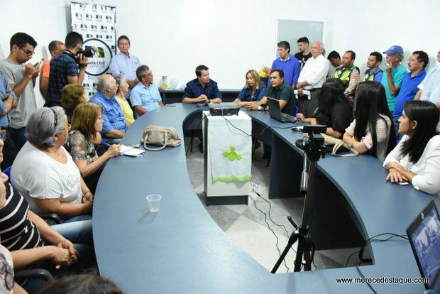 Prefeitura apresenta projeto de revitalização de praças na Avenida Padre Zuzinha