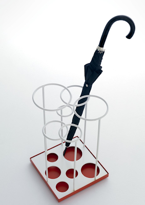 umbrella stand for six umbrellas