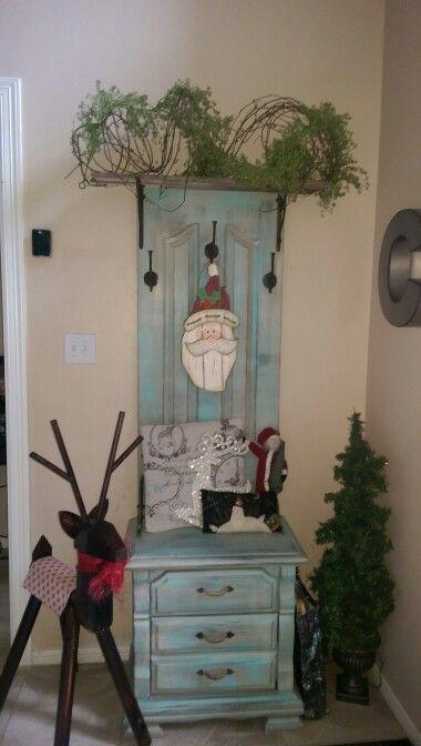 15 Brilliant DIY Ways To Upcycle Your Door - Hallway Table Stand With Storage