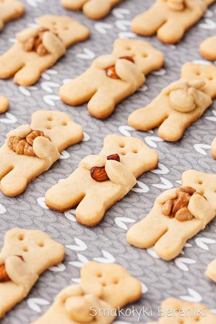 Ciasteczka miodowe z orzechami