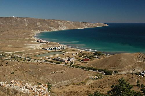 Двуякорная бухта в Крыму