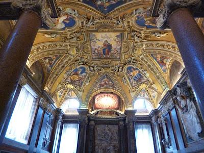 teto fondo fontebattesimale - Basílica de Santa Maria Maior