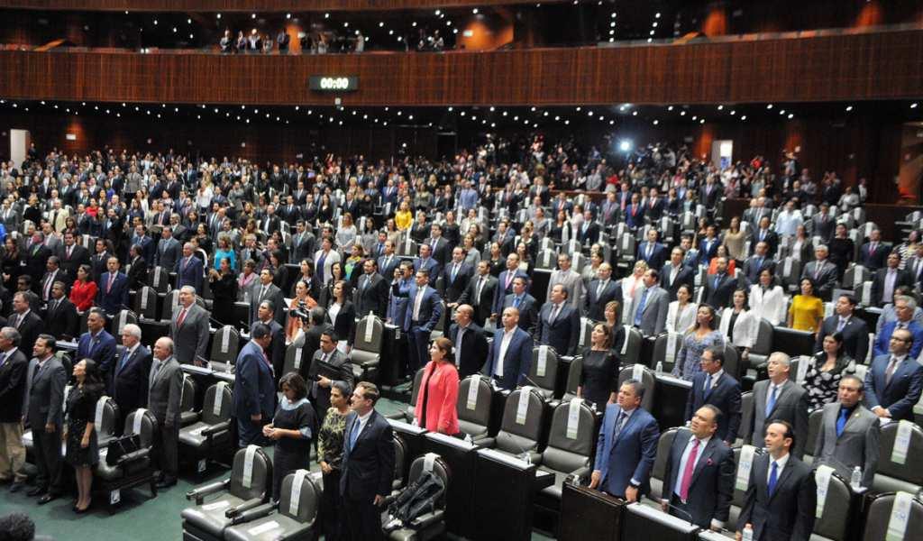 Austero y sin privilegios, el Congreso que quiere AMLO