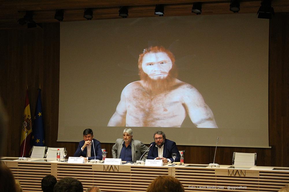 Manuel Navarro, en su intervención durante la presentación del libro 'Arqueomanía. Historias de la Arqueología' en el Museo Arqueológico Nacional.