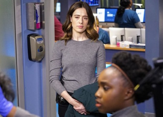 "NUP 186386 0280 595 Spoiler%2BTV%2BTransparent - Chicago Med (S04E20) ""More Harm Than Good"" Episode Preview"