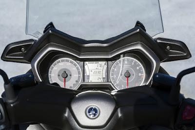 New 2017 Yamaha X-Max 300 speedo mitor