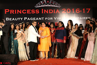 John Aham, Bhagyashree, Subhash Ghai and Amyra Dastur Attends Princess India 2016 17 Part2 025.JPG