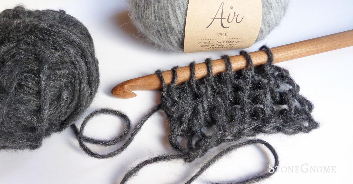 How to crochet Amigurumi with fluffy fur yarn - YouTube   628x1200