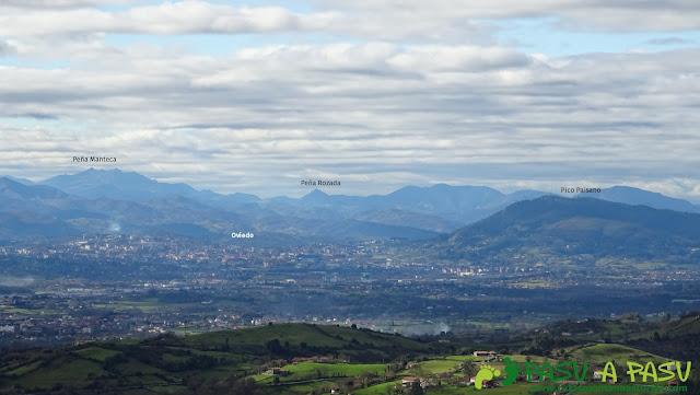 Oviedo y el Naranco desde Peña Careses