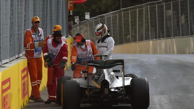 Hamilton : Start ke-10 Salah Saya Bukan Mobil